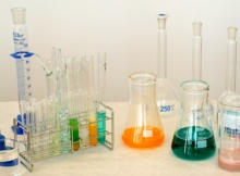 laboratory-1009178_1920
